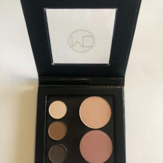 Neutral pocket palette of 3 eyeshadows and 2 blushes